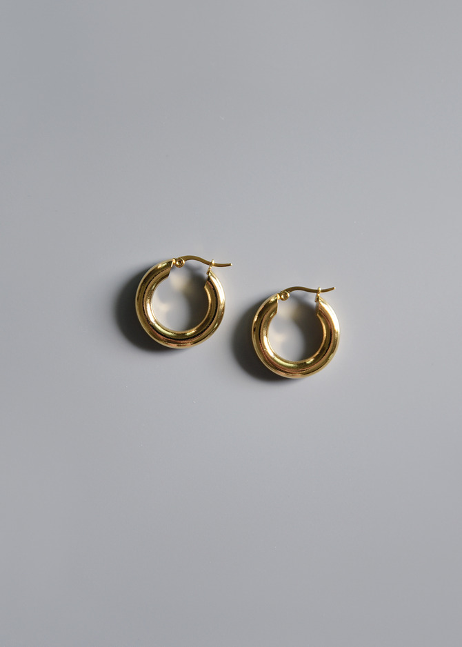 [COMMON MUSE] FREJA HOOP EARRINGS