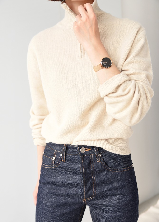 Zip-up Knit Sweater