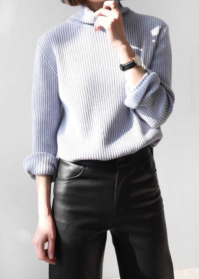 Cashmere Blended Turtleneck