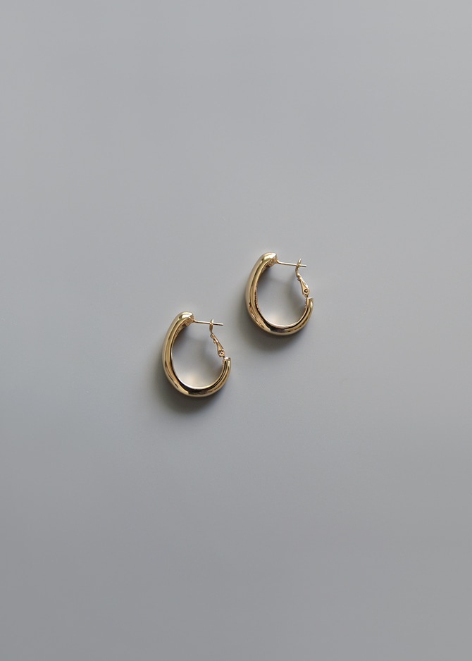 [Common Muse] Lune Curved Earrings
